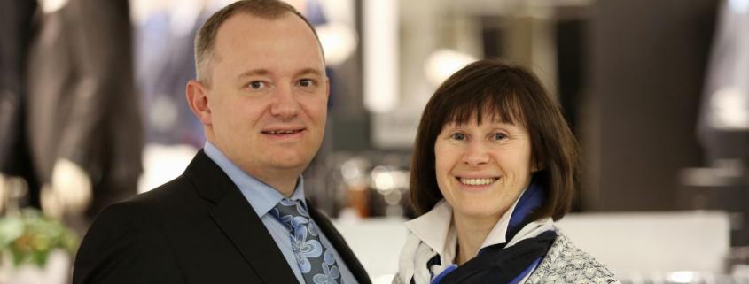 Ehepaar Wahl zum Thema papierlose elektronische Rechnung